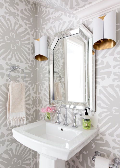 Ideas para decoraci n de ba os con papel tapiz 30 propuestas de tapiz - Papel para bano ...