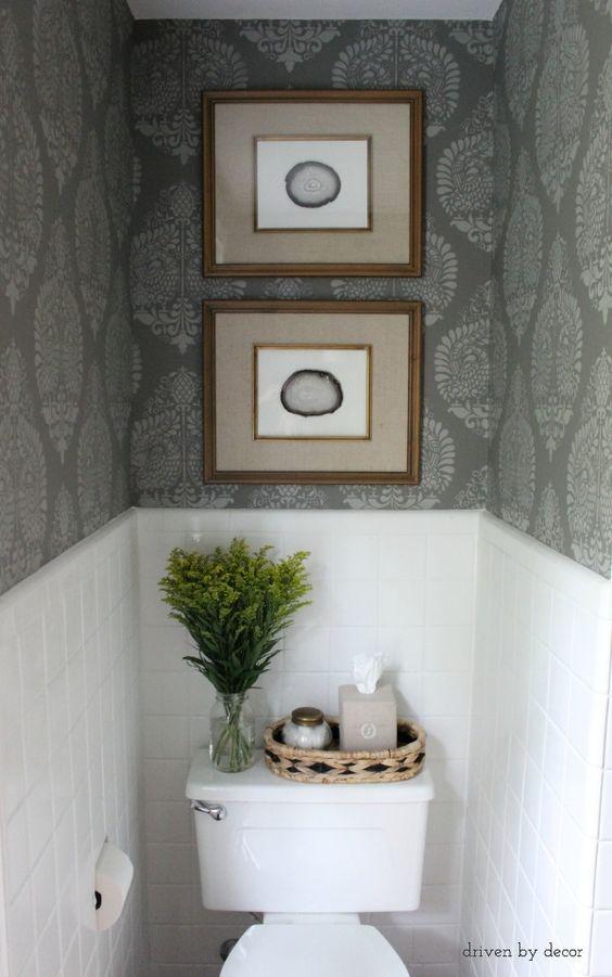 Ideas para decoraci n de ba os con papel tapiz 30 for Papel de pared para bano