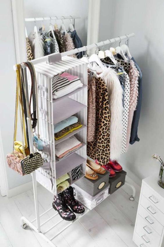 como organizar un closet sin puerta