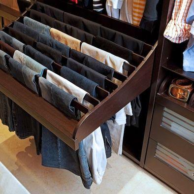 Ideas para organizar el interior del closet con madera for Decoracion closet en madera