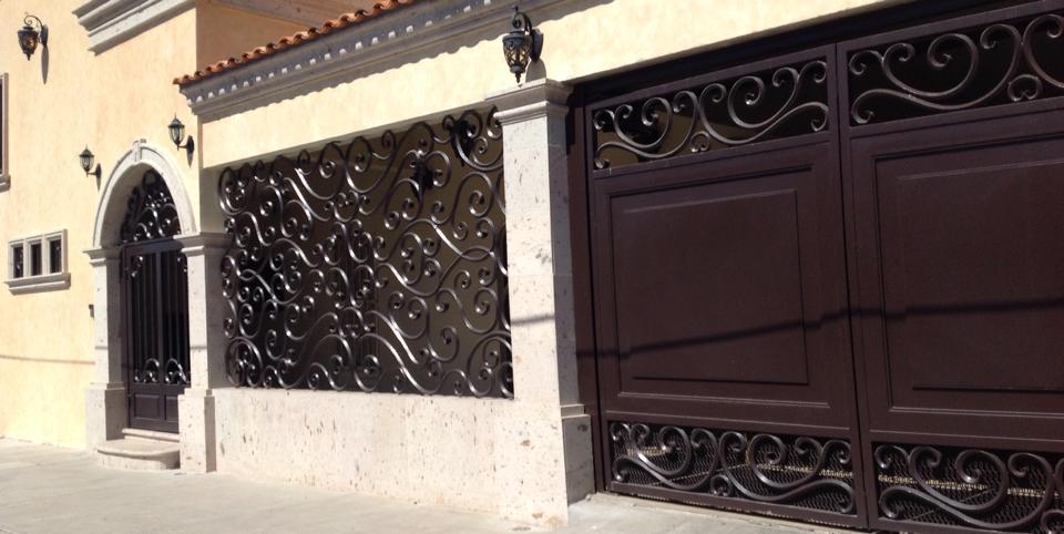 Tendencias en puertas de herreria 35 decoracion de for Puertas principales de herreria casas