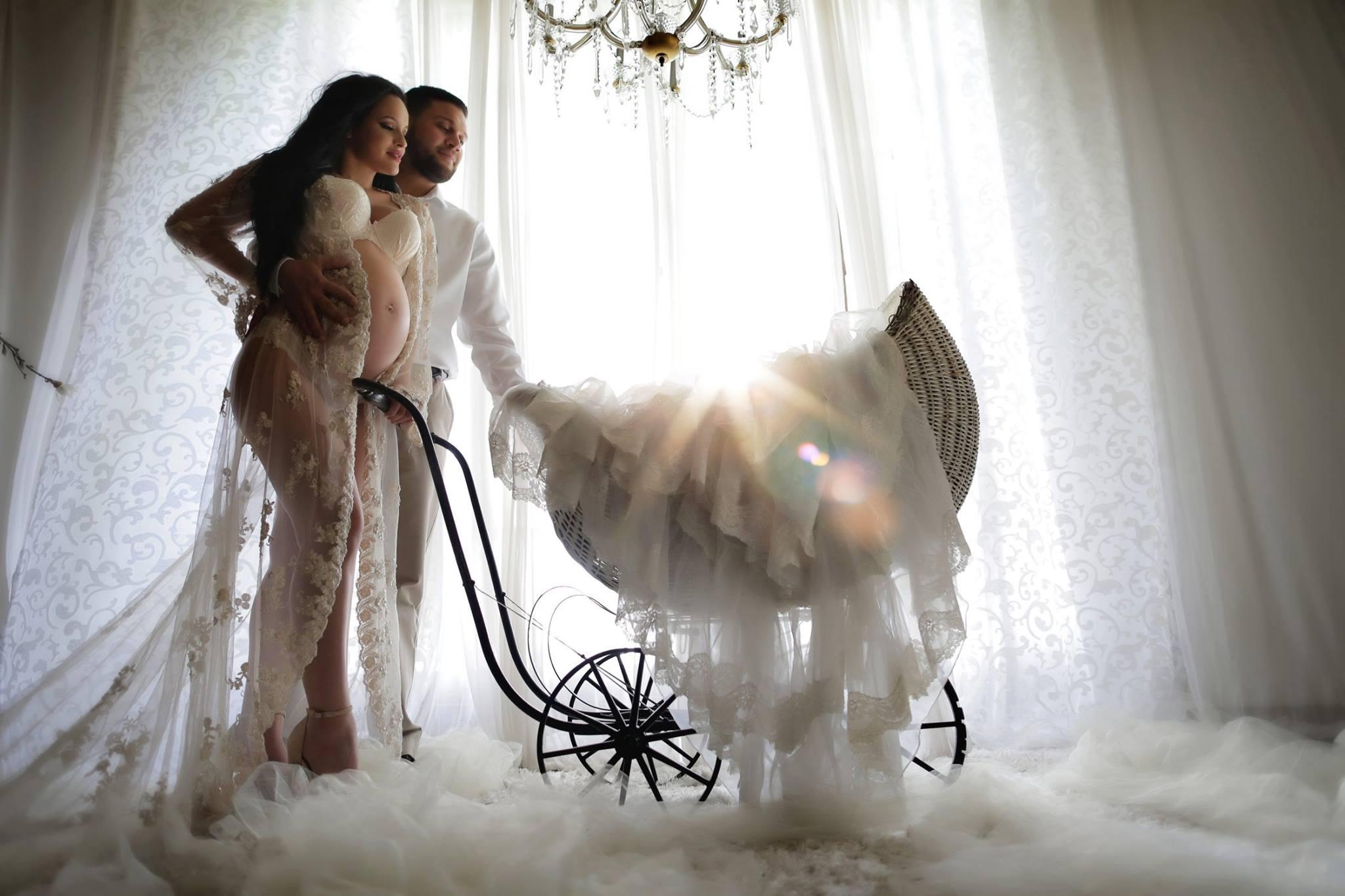 Ideas de sesion de fotos de embarazo con tu pareja 23 - Que hacer en pareja en casa ...