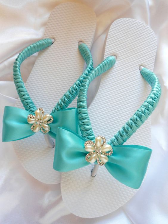 Ideas para decorar sandalias 18 decoracion de for Decorar con lazos