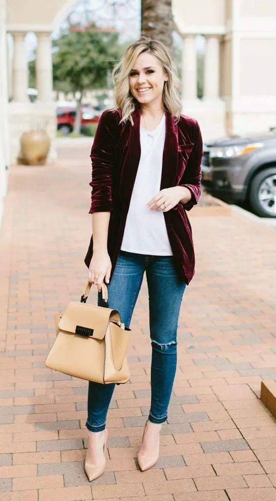 Outfits con blazer de terciopelo