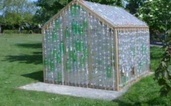 Casas para tus perros reciclando botellas