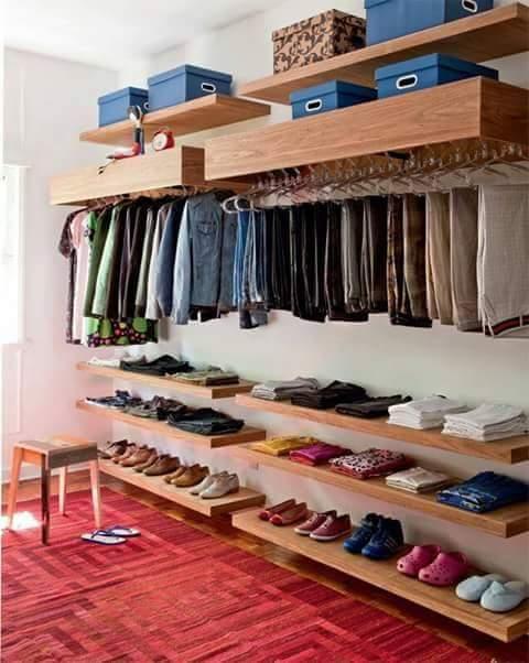 Open closet excelente idea para organizar en espacios for Ideas para organizar un apartamento pequeno