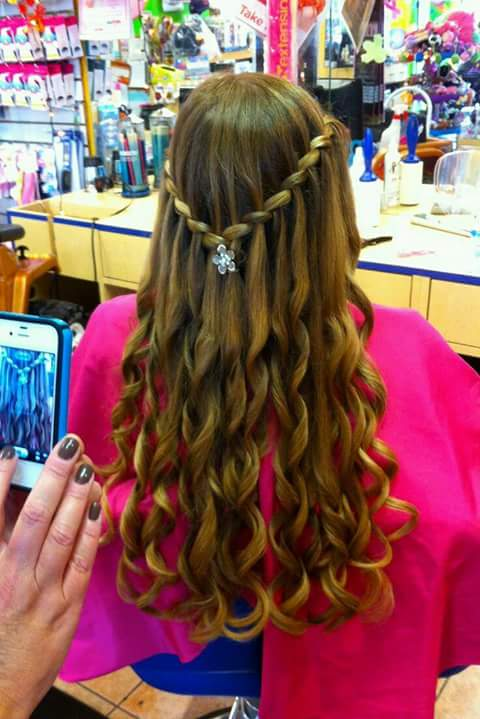 Más cautivador peinados de comunión Fotos de tendencias de color de pelo - Peinados para niñas para primera comunion (9)   Como ...