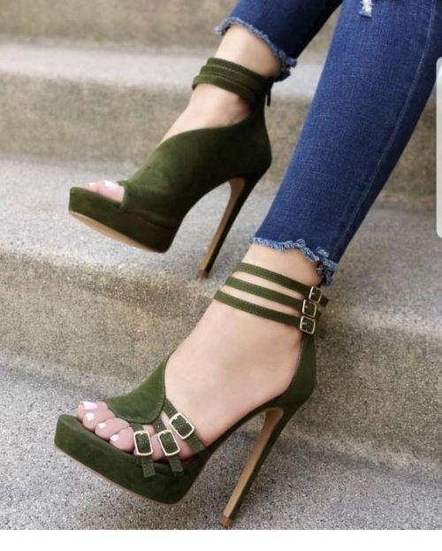 Colores de zapatillas con plataforma modernas