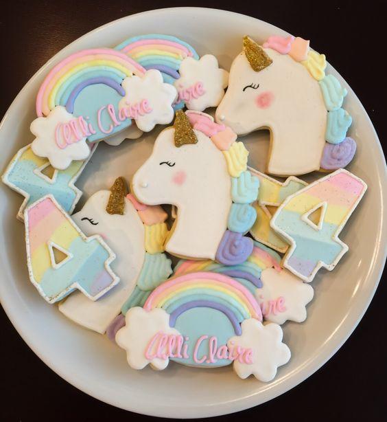Ideas para decorar una fiesta de cumpleaños de unicornios (26)