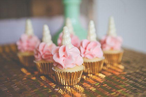 Ideas para decorar una fiesta de cumplea os de unicornios for Ideas para decorar la casa facil y economico
