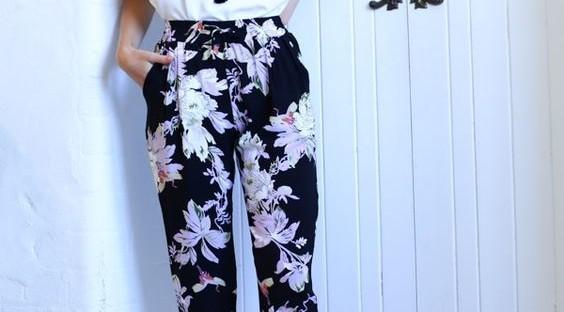 Lleva Pantalones Floreados Y Luce Espectacular 25 Opciones Como Organizar La Casa