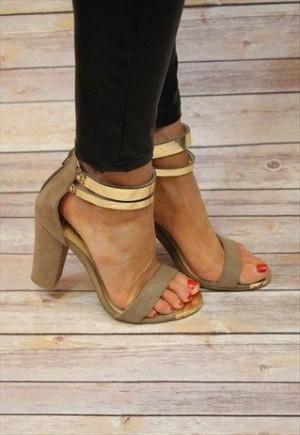 Zapatos de tacon grueso tendencia verano 2016 (14