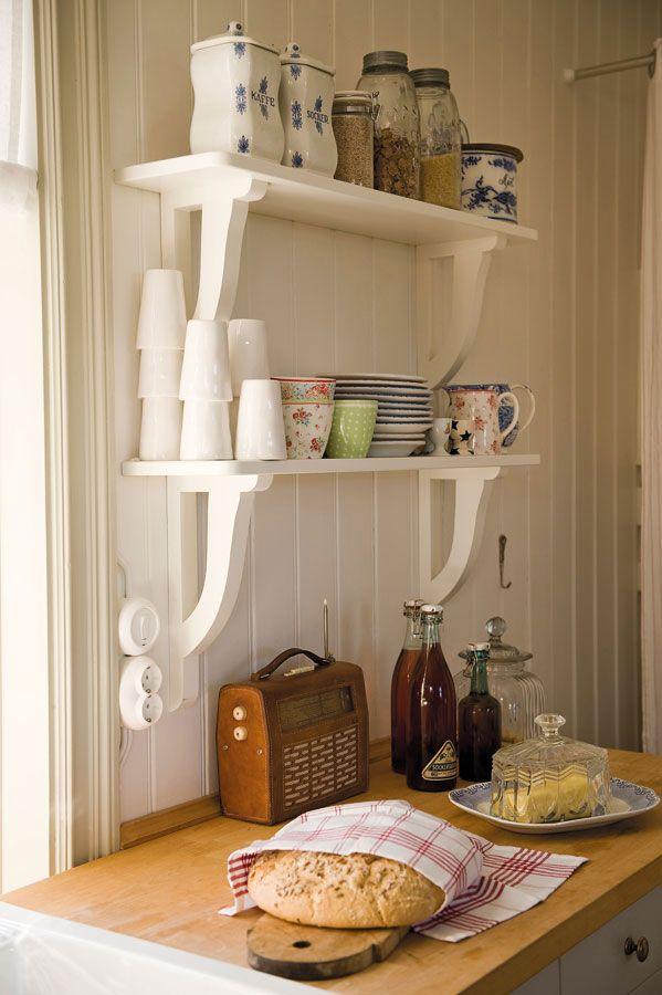 Como organizar la alacena 19 decoracion de interiores - Como hacer estantes de cocina ...