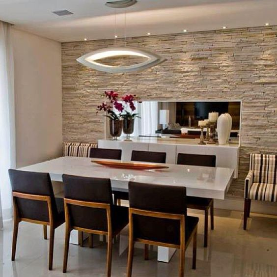 Comedores con revestimientos de marmol 3 for Decoracion salas comedores modernos pequenos