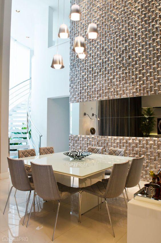 Como decorar comedores modernos for Comedores con espejos grandes