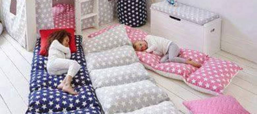 Idea DIY para hacer una camita para el piso para tus hijos