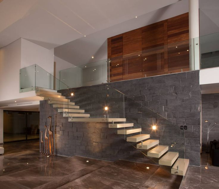 Decoracion de interiores para casas modernas 18 - Decoracion escaleras interiores paredes ...