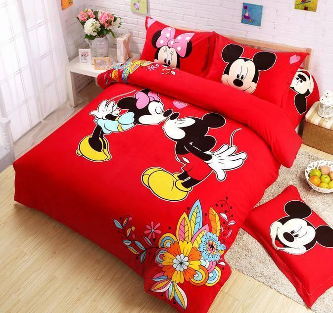 decoracion-de-recamaras-infantiles-con-edredones-de-mickey-mouse-y ...