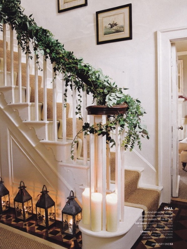 Ideas para decorar escaleras en navidad 37 decoracion de for Ideas para decorar escaleras