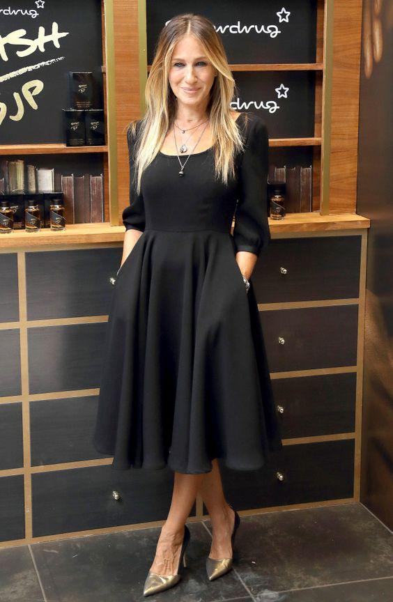 Outfits o looks de noche para mujeres de 40 años o mas