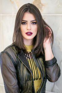 corte de pleo y peinado para mujeres de 20 pelo corto