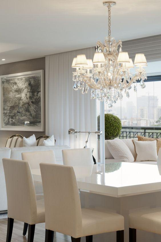 Comedores en color blanco 8 decoracion de interiores for Fachadas de comedores