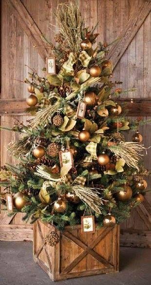 Decoracion navideña en color oro dorado