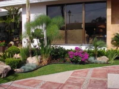Proyectos para tu jardin que debes intentar 28 for Jardines pequenos para casas modernas