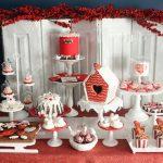 Ideas para montar una mesa de postres en navidad (17)