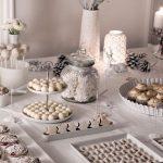 Ideas para montar una mesa de postres en navidad (30)