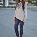 Outfits hermosos combinando pashminas y bufandas