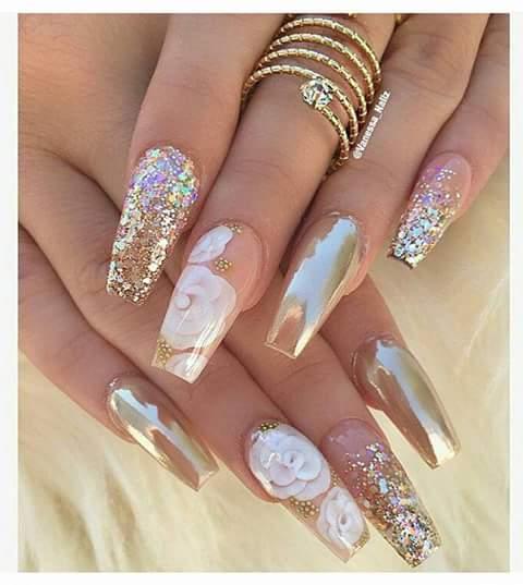 Diseños De Uñas En Tonos Nude Y Con Cristales 5 Como