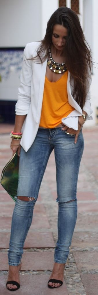 Ideas de outfits para combinar el color naranja
