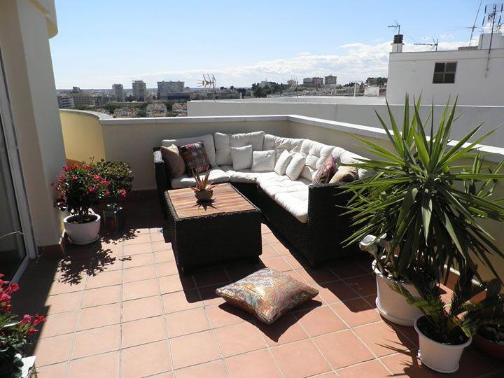 Ideas para montar un patio en el techo de tu casa 24 for Terrazas interiores