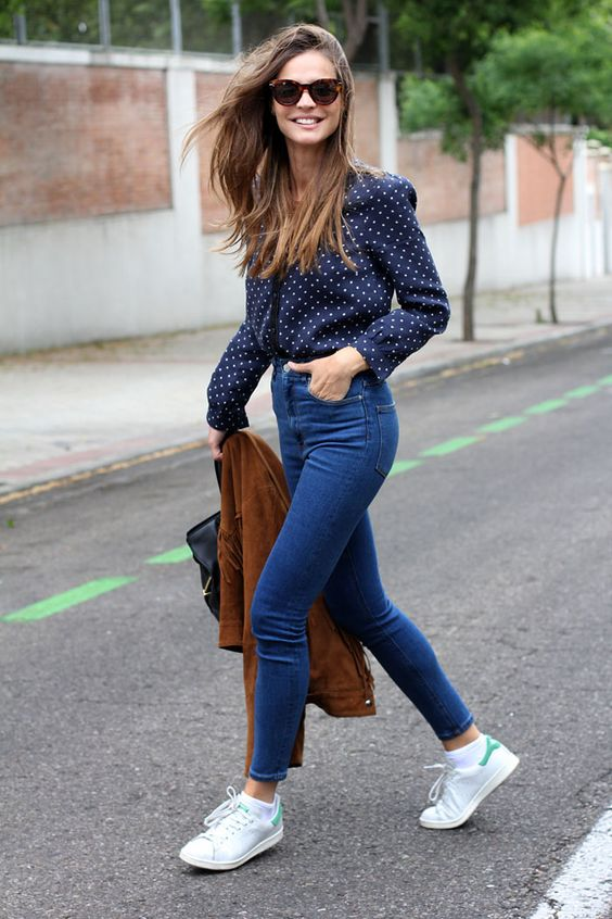 Outfits con pantalon a la cintura (18)