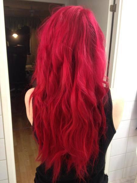 Ideas de color para cabello rojo vivo 2 decoracion de interiores fachadas para casas como - Bano de color rojo pelo ...