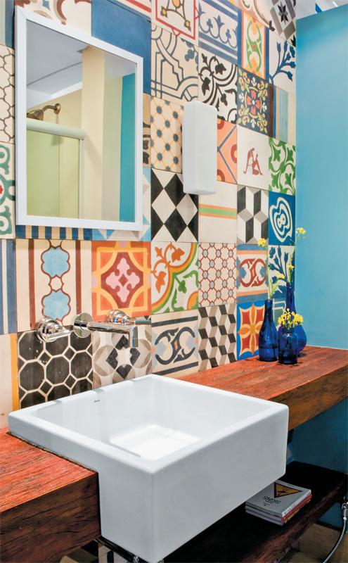 Disenos azulejos bano 21 decoracion de interiores for Disenos de azulejos para banos