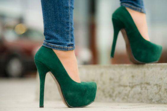 Hermosos zapatos color verde ideales para primavera-verano 2019