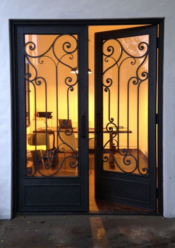 Portones de forja sencillos decoracion de interiores for Puertas de forja con vidrio