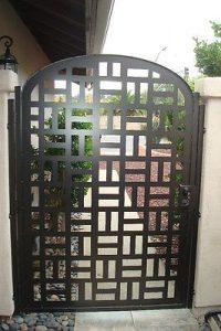 Puertas de herrería modernas precios