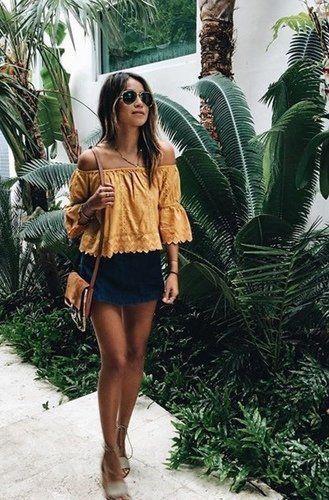 Outfits para combinar una blusa amarilla mostaza
