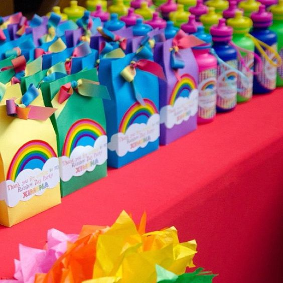 Fiesta infantil tema arcoiris 22 decoracion de - Decoracion de interiores infantil ...