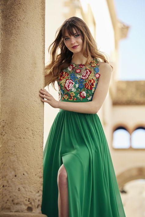 Ideas de outfits con vestidos bordados para primavera-verano 2019