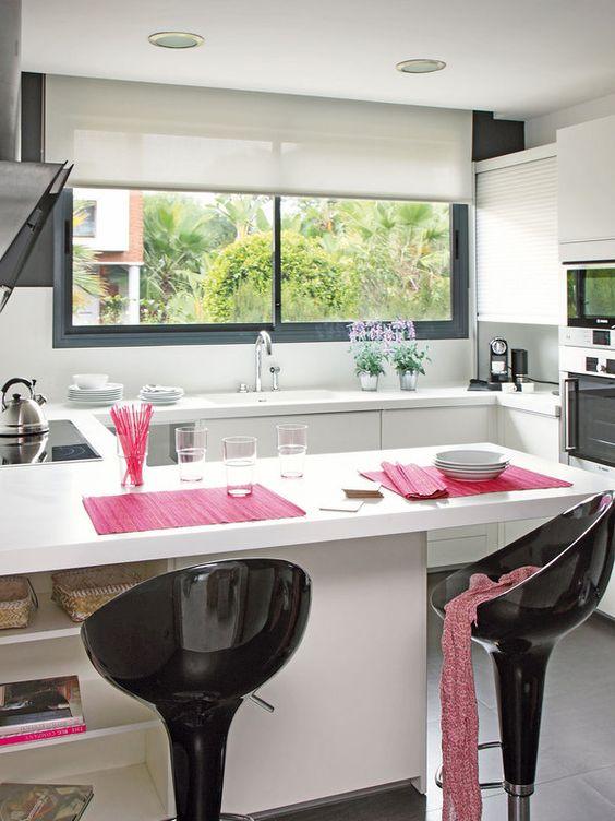 Ventanas frente del fregadero la cocina se ven increibles 20 decoracion de interiores - Frente cocina ...