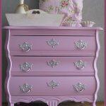28 opciones para decorar habitaciones con el color lila