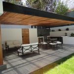 29 opciones fantásticas de pergolas y toldos para tu patio