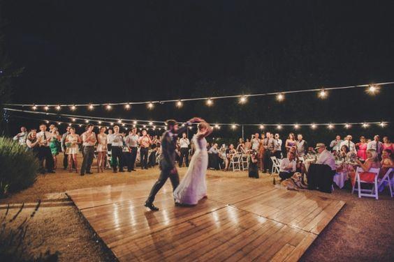 31-ideas-decorar-una-pista-baile-una-boda (14 ...