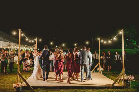 31-ideas-decorar-una-pista-baile-una-boda (26) | Como ...