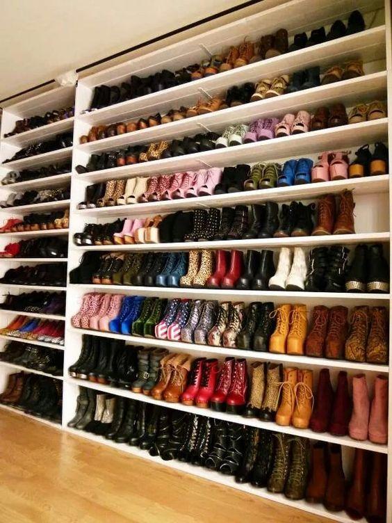 32 ideas closets zapatos 10 decoracion de interiores for Closet para zapatos modernos