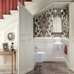 34 Diseños de baños bajo las escaleras
